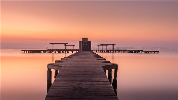 Sunrise at Santiago de la Ribera by philreay