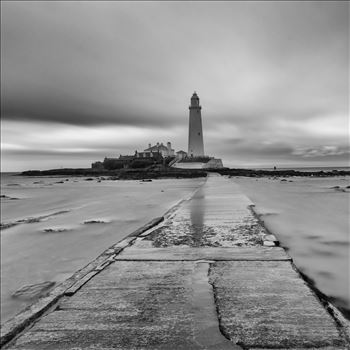 St Mary`s lighthouse by philreay