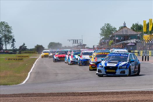 British Touring Car Championship at Croft circuit 16 by philreay