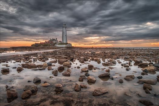 St Mary`s Lighthouse & island by philreay