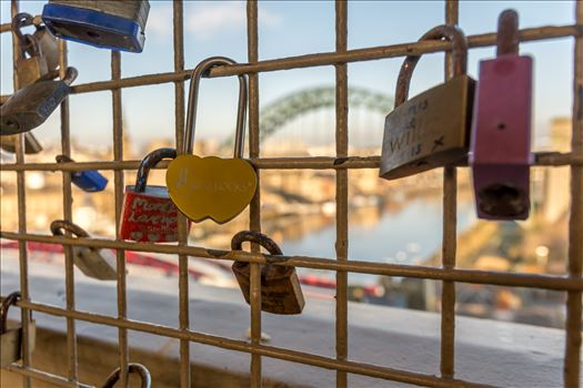 Love locks by philreay