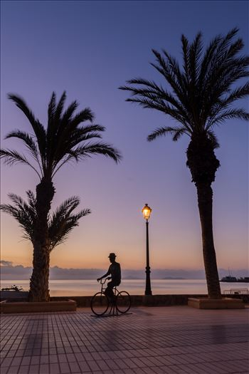 Cycling at sunrise by philreay