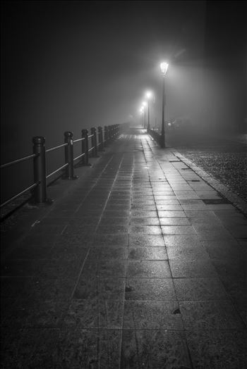 Fog on the Tyne by philreay