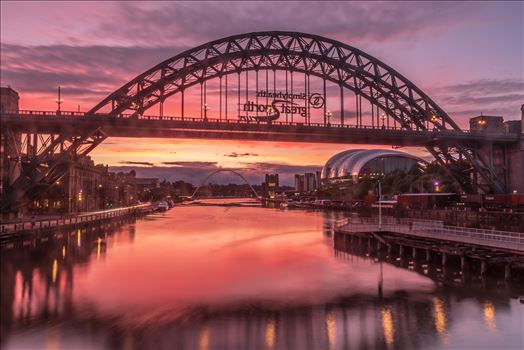 Long exposure sunrise on the Tyne by philreay