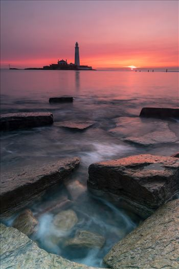 Sunrise at St Mary`s lighthouse & island, Whitley Bay 003 by philreay
