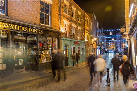 A busy evening in Saddler st, Durham by philreay