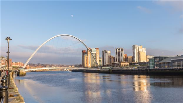 Millennium Bridge & the Baltic centre by philreay