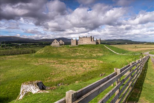 Ruthven Barracks by philreay
