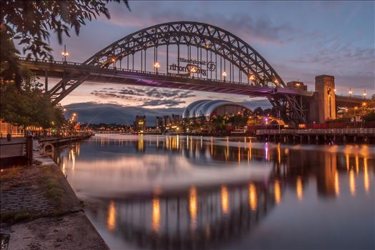 Sunrise in Newcastle by philreay