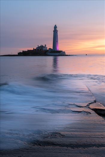 Sunrise at St Mary`s lighthouse & island, Whitley Bay 008 by philreay