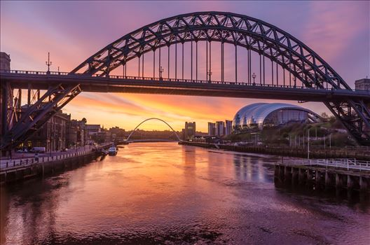 The Tyne at sunrise by philreay