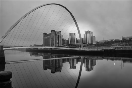 Millennium Bridge & Baltic by philreay