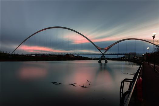 The Infinity Bridge by philreay