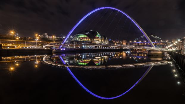 Reflections on the River Tyne 1 by philreay