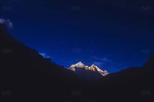 Mountains- Bhagirathi Peak (India) by Anil Sharma Fotography