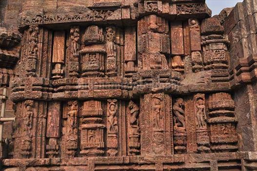 Monuments- Sun Temple Konark (Orissa) - Richly carved sculptures of dancers at ancient Konark Sun Temple near Bhubaneswar, Orissa (India)