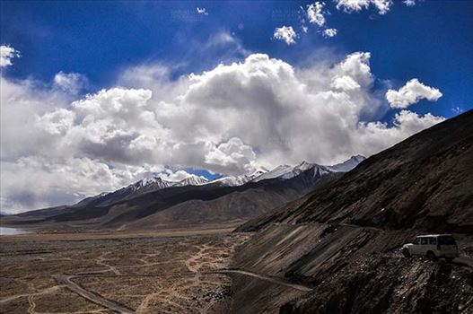 Clouds- Sky with Clouds (Pangong Tso, Leh) by Anil Sharma Fotography