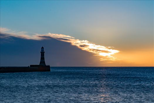 Roker Lighthouse Sunrise by AJ Stoves Photography