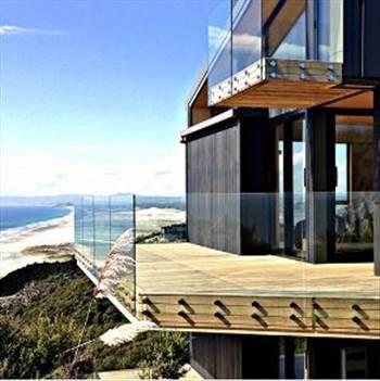 Commercial glass balustrades - Framed, frameless and also semi frameless commercial glass balustrades can be easily bought from provista.co.nz. For more details, visit: https://provista.co.nz/frameless-glass-balustrade/