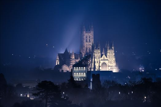 Canterbury Cathedral by Jimages