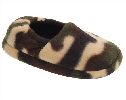 Boys Camouflage Slippers Green.jpg by Thingimijigs