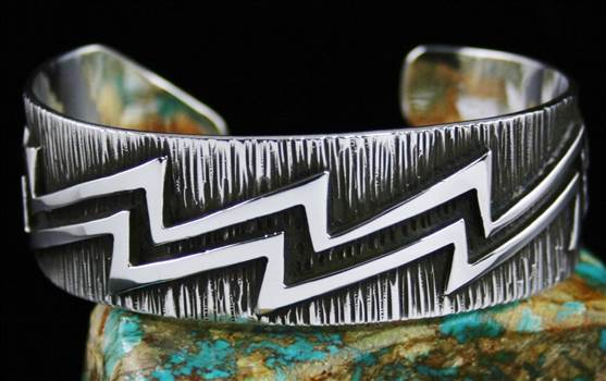 Kee Yazzie Lightning Design Overlay Bracelet by Turquoisedirect