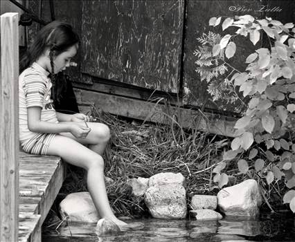 Ayns thinkingbw.jpg by WPC-156