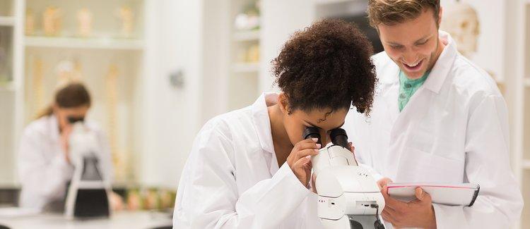 people_medical-researcher-looking-in-microscope_landscape.jpg__750x325_q85_crop_subsampling-2_upscale.jpg  by vidhimalik0589