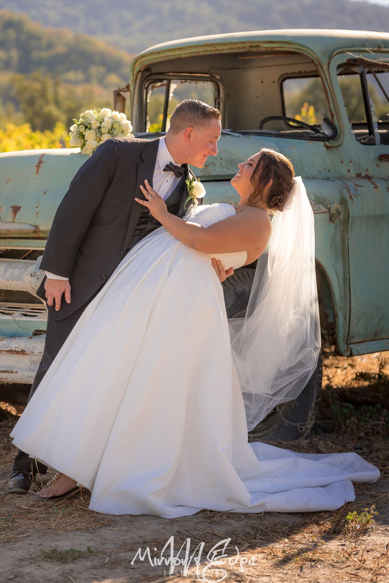 Gilroy Wedding Photography 09Mirror's Edge Photography provides wedding and engagement photography for San Luis Obispo, Arroyo Grande, Pismo Beach, Avila Beach, Morro Bay and surrounding Central Coast locations