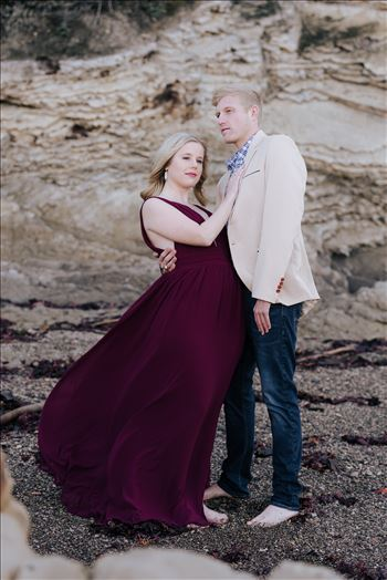 DSC_2301.JPG - San Luis Obispo and Santa Barbara County Wedding and Engagement Photography. Mirror\u0027s Edge Photography captures Montana de Oro Engagement Session.  Romantic couple on the beach in love.