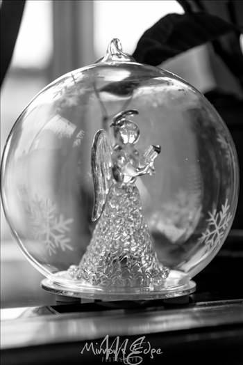 Angel Globe.jpg - undefined