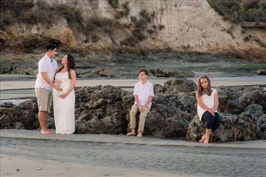 Erica and Nicholas Maternity 01 -