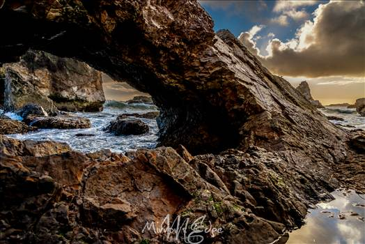 Gazebo Cove Seacave View.jpg - undefined