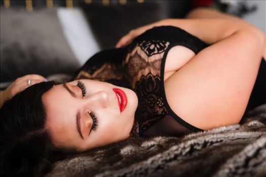 San Luis Obispo County Beachfront Boudoir 13 - Beachfront Boudoir by Mirror\u0027s Edge Photography, San Luis Obispo County\u0027s Number One Luxury Boudoir Photography Experience.  Promoting body positive movement, empowerment, confidence and self love. Betty Page inspired Boudoir