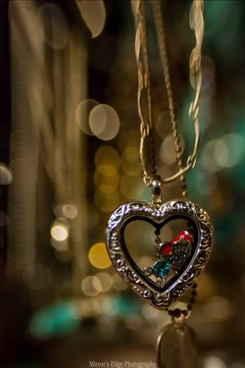 Glittering Heart.jpg - undefined
