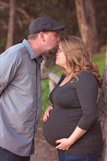 Tiffany and Shawn Maternity Pismo Beach 7 by Sarah Williams