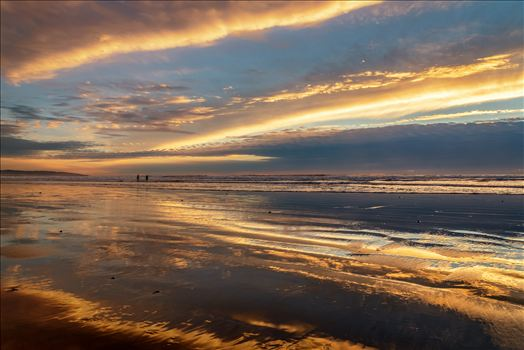 Pismo Long Beach Sky Reflection 010816.jpg by Sarah Williams