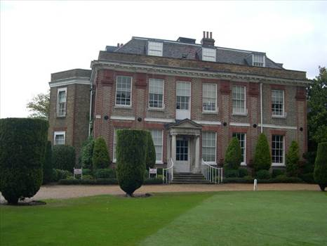 Thorpe House.jpg by Vienna