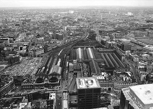 Broad Street Station 2.jpg by Vienna