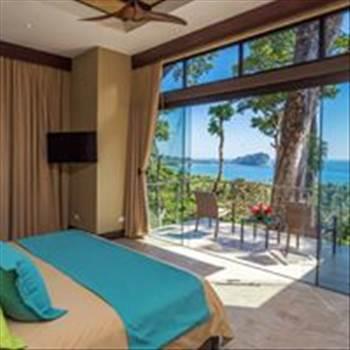 Vista Hermosa Estate is one of the most exquisite Luxury villas & homes rentals Get more details visit at https://vistahermosaestate.com/destination-weddings/