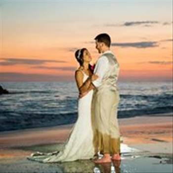 Vista Hermosa Estate is quickly becoming the premier venue for destination weddings in Manuel Antonio. Book your ideal Costa Rica wedding today!  https://vistahermosaestate.com/destination-weddings/