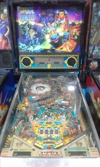 1993 BALLY JUDGE DREDD PINBALL MACHINE COSTA RICA.jpg -