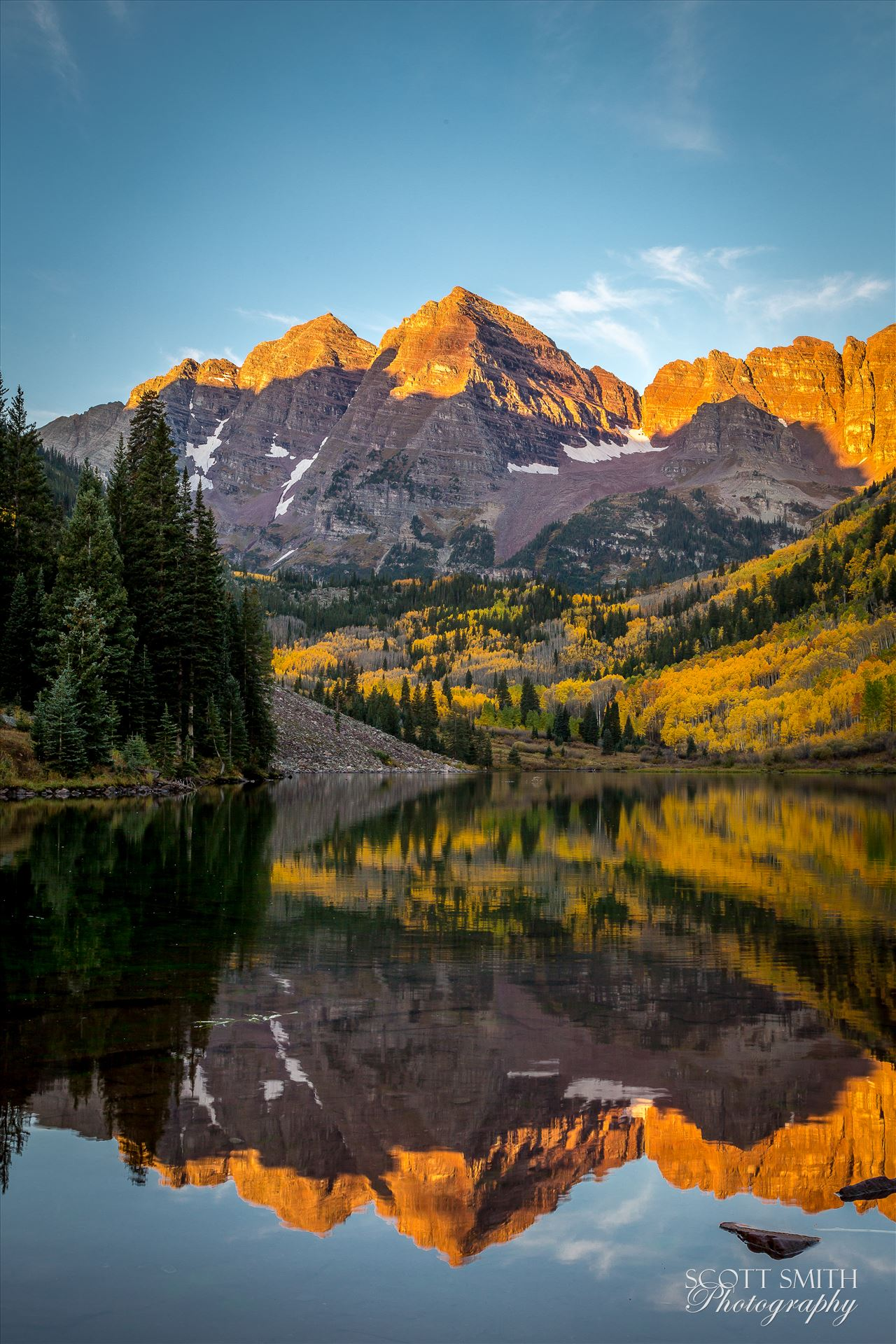 Maroon Bells The Maroon Bells reflected in Maroon Lake. Taken September, 2014. by Scott Smith Photos