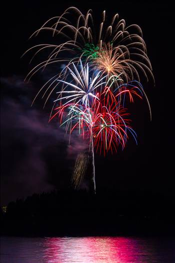 Dillon Reservoir Fireworks 2015 3 by Scott Smith Photos