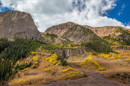 Gothic Road Detail - The intense variety of terrain between Gothic Mountain and Mount Baldy.