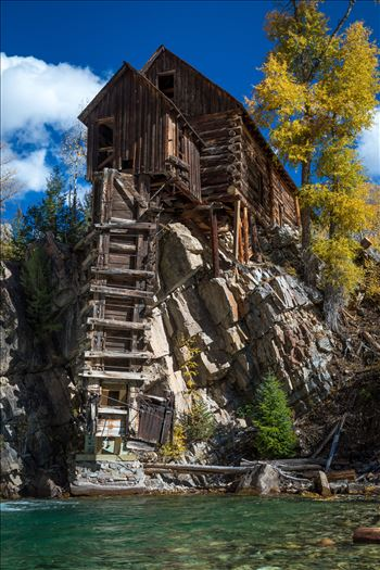 Crystal Mill, Colorado 05 - The Crystal Mill, or the Old Mill is an 1892 wooden powerhouse located on an outcrop above the Crystal River in Crystal, Colorado