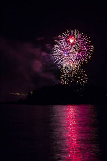 Dillon Reservoir Fireworks 2015 30 by Scott Smith Photos
