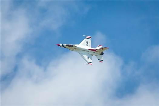 USAF Thunderbirds by Scott Smith Photos