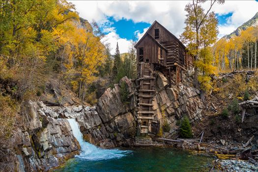 Crystal Mill, Colorado 03 - The Crystal Mill, or the Old Mill is an 1892 wooden powerhouse located on an outcrop above the Crystal River in Crystal, Colorado
