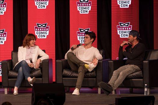 Molly Ringwald, JK Apa, and Skeet Ulrich at Denver Comic Con 2018 by Scott Smith Photos